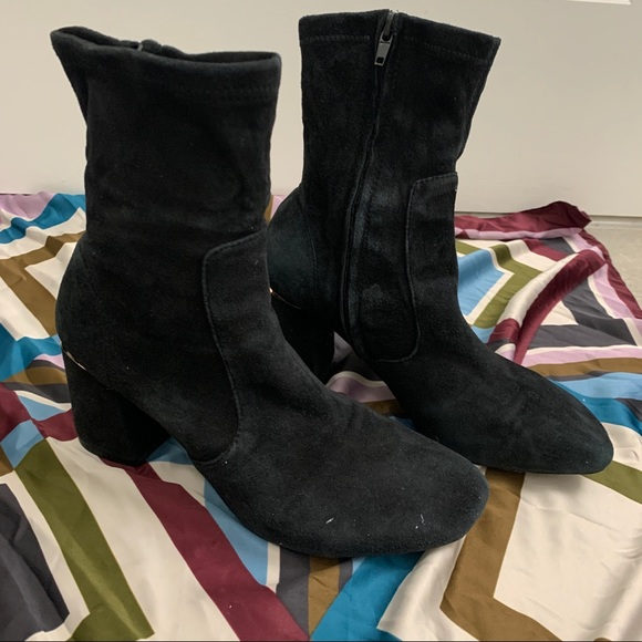 LV women suded boots